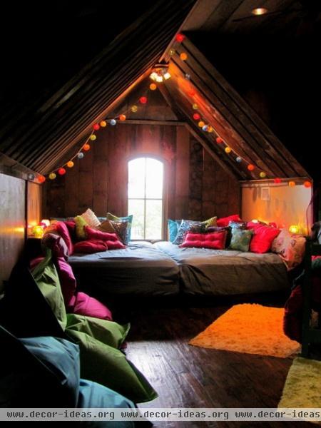 Bohemian Bunkroom - eclectic - bedroom - dallas