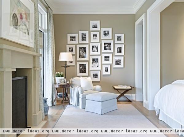 Eclectic Desert Pied-'A-Terre - traditional - bedroom - phoenix