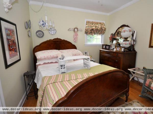 Country Bedrooms  Judi Ackerman : Designer Portfolio