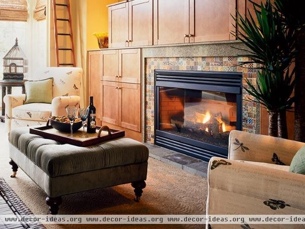 2001 Northwest Idea House: Family Room Fireplace