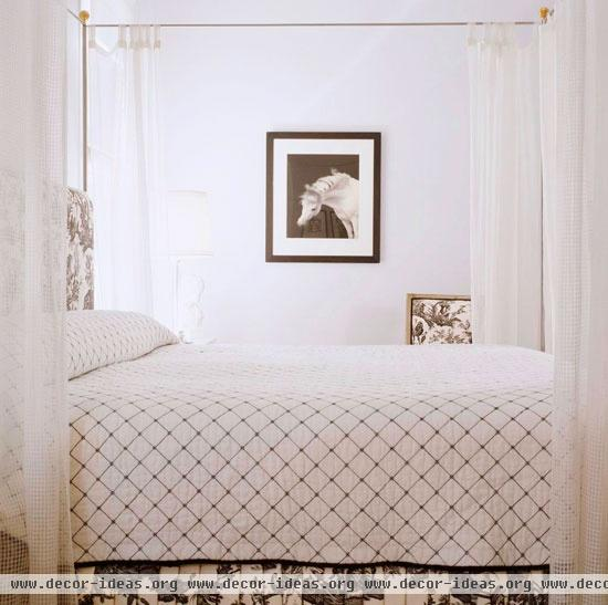 Bedroom Decorating Ideas Totally Toile