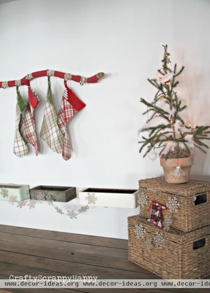 Driftwood Stocking Holder DIY | Crafty Scrappy Happy -  - family room -
