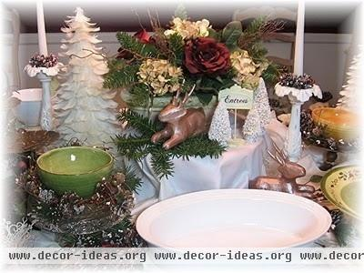Christmas Tablescapes - traditional - dining room - new york