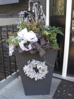 Outdoor Christmas Decorating - traditional -  - vancouver