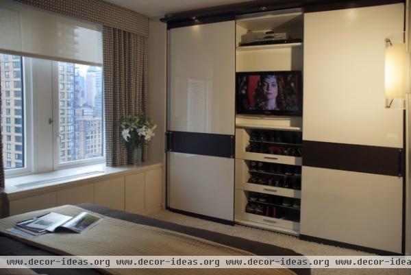 Peter S. Balsam - modern - bedroom - new york