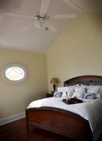 Beach cottage - traditional - bedroom - philadelphia