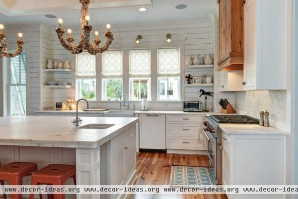 Kitchen of the week classic style for a southern belle for Southern style kitchen design