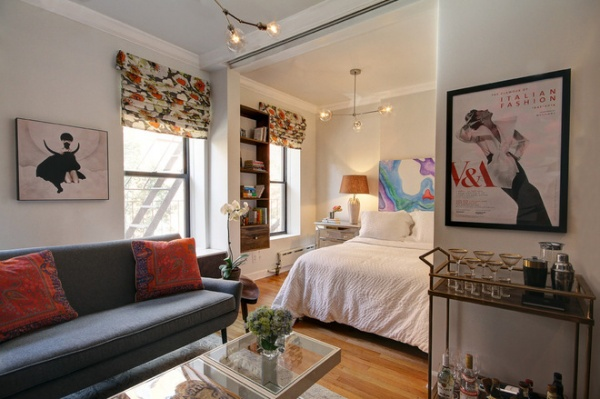 Houzz tour sliding doors open up a small space in new for Houzz small apartments