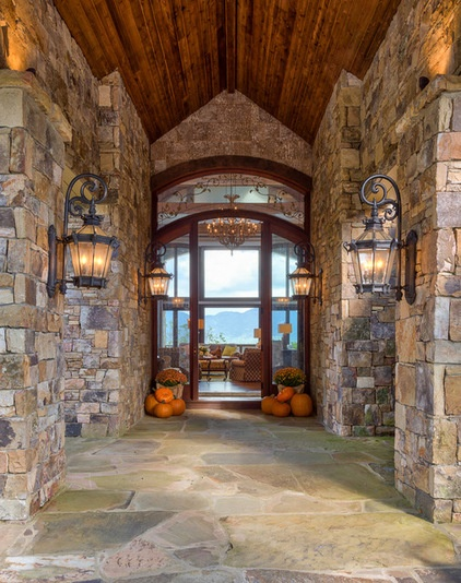 Rustic Entry By Dianne Davant And Associates