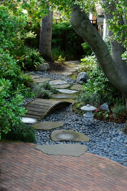15 Ideas For A Stunning Garden Path Decor Ideas