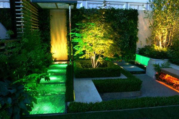 10 Designs Bring Theatrical Drama To The Garden Decor Ideas