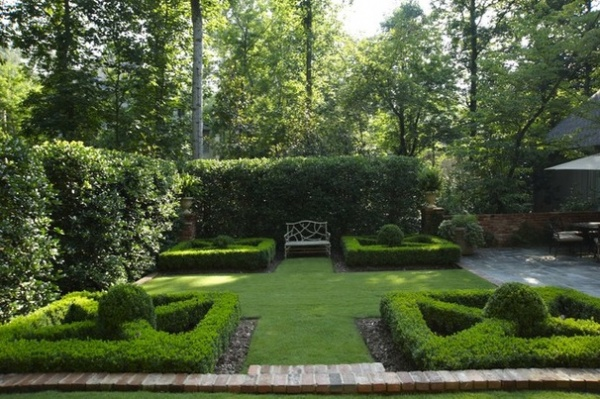 17th-Century Ideas Add Formal Grandeur to the Garden - Decor Ideas on