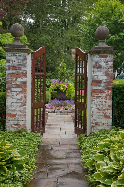 Photo Flip 77 Gorgeous Garden Gates Decor Ideas
