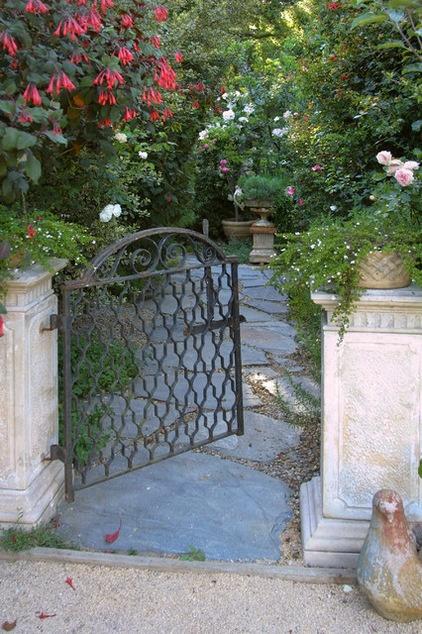 Photo Flip 77 Gorgeous Garden Gates Decor Ideas