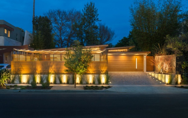 Contemporary Exterior by Kurt Krueger Architect