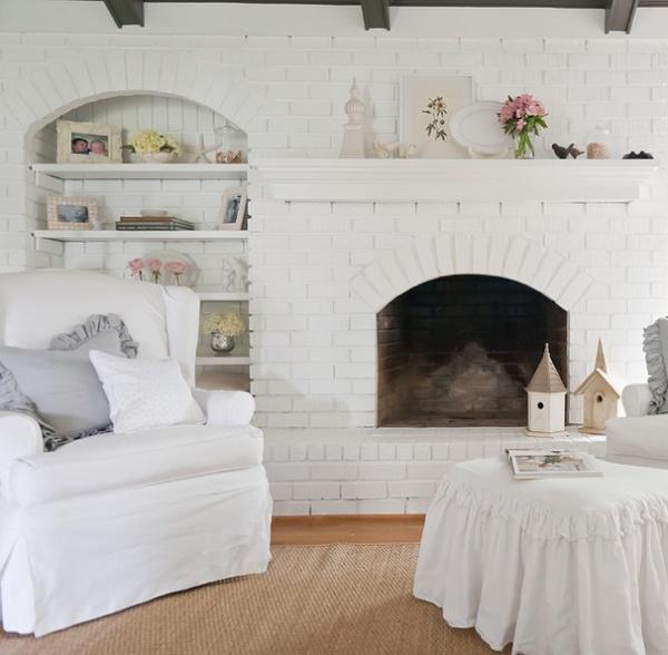 Shabby chic Living Room by Kristie Barnett, The Decorologist