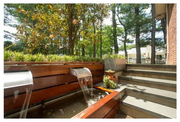 Contemporary Patio by Princeton Design Collaborative