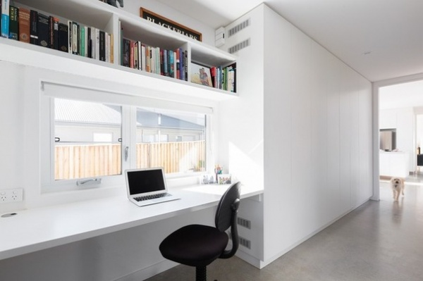 Modern Home Office by Jigsaw Housing